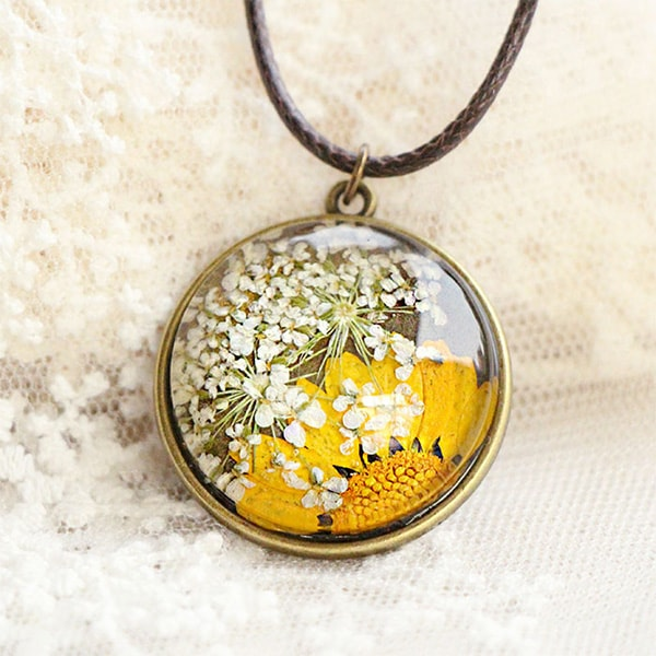 Pressed flower necklace apollobox product image for pressed flower necklace mightylinksfo