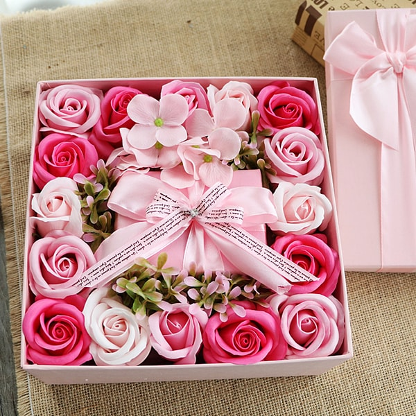 Rose Soap Petals Gift Set