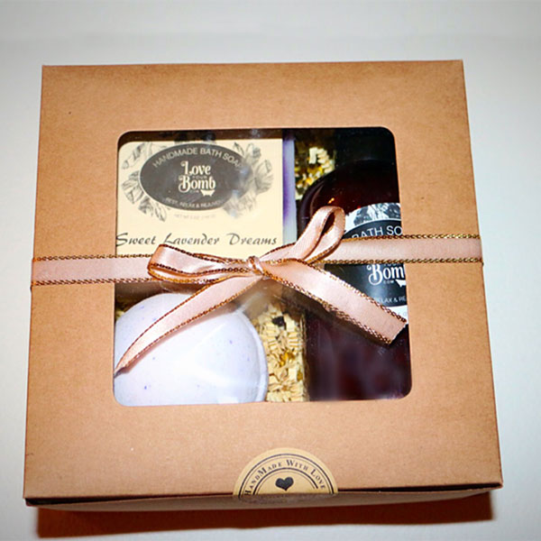 Relax Lavender Gift Set from Love Your Bomb