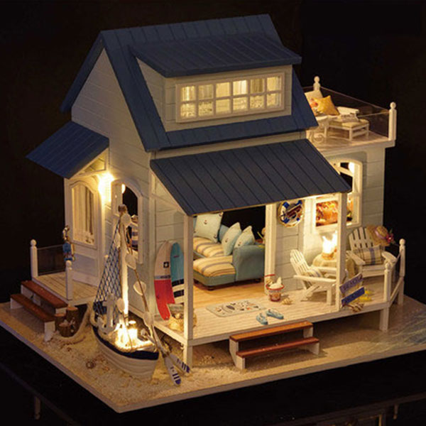 DIY Caribbean Wooden Beach Dollhouses
