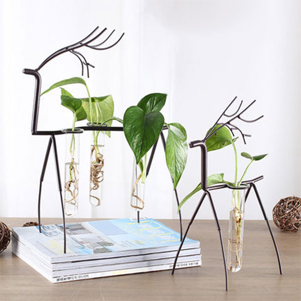 Metal Deer Stand with Test Tube Vases