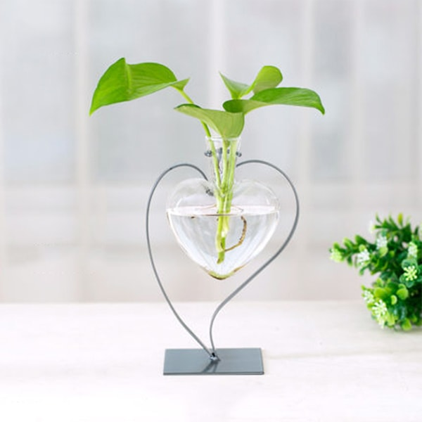 Heart Shaped Glass Vase With Metal Stand Apollobox
