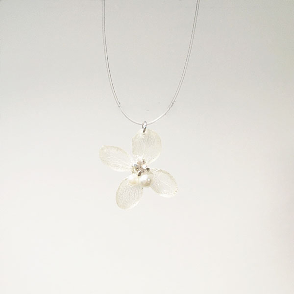 Preserved Flower Necklace