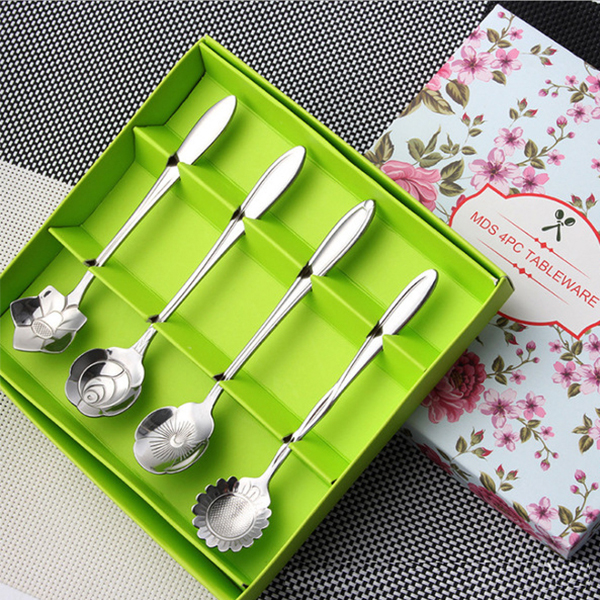 Flower-Patterned Spoons (Set of 4)