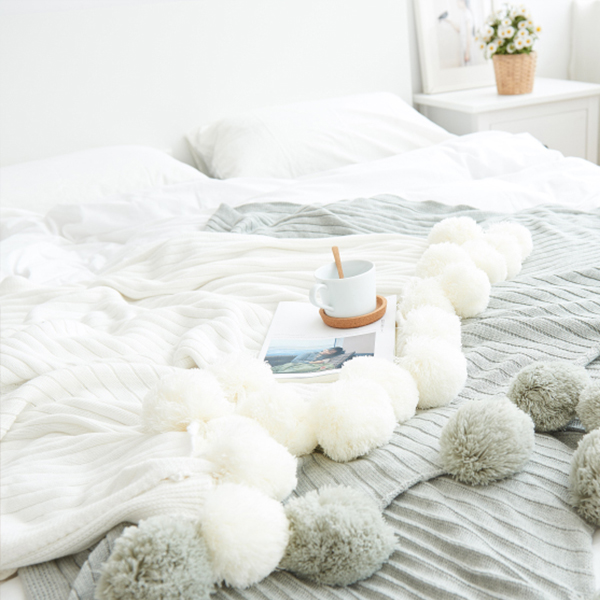 Pom Pom Throw Blanket ApolloBox Gorgeous White Pom Pom Throw Blanket
