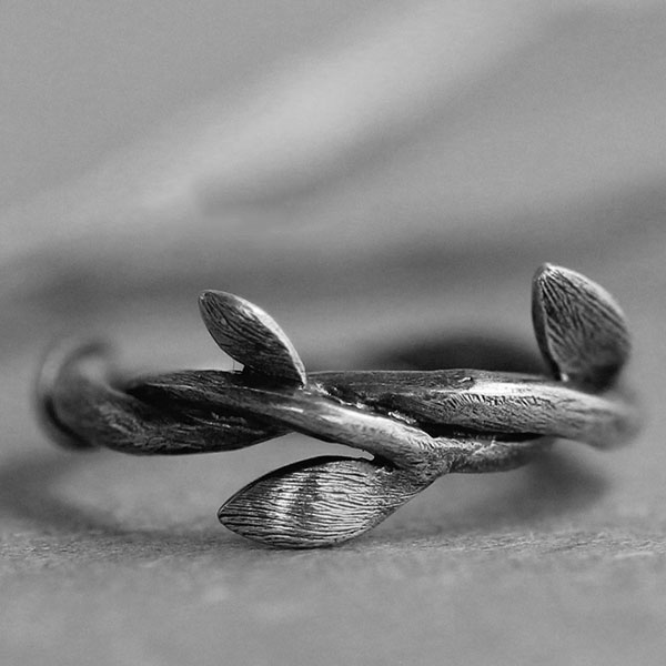 Summer Vines Ring