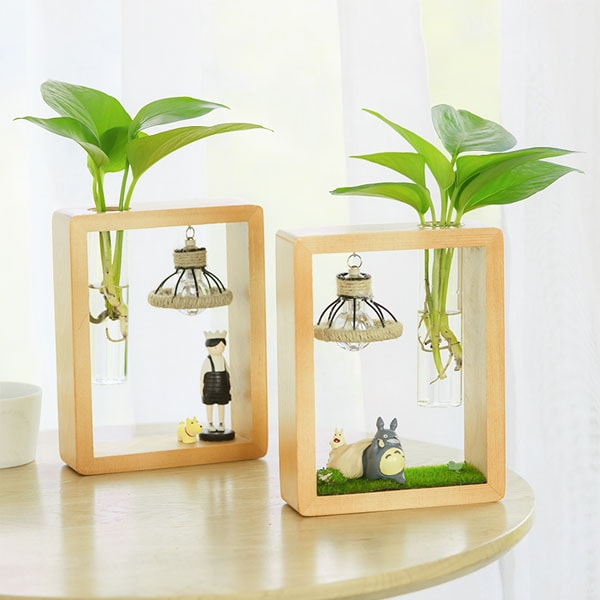 Totoro Wood Frame Glass Vase