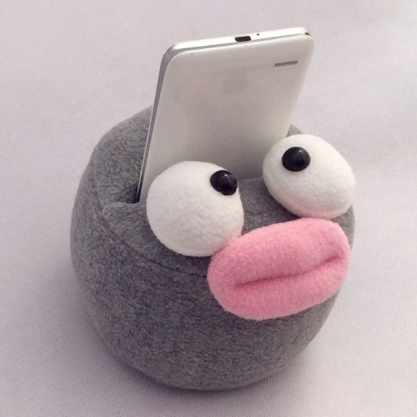 Cartoon Critter Phone Stand