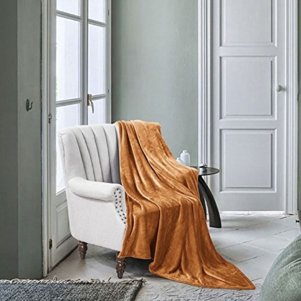 Luxe Manor Throw Blanket