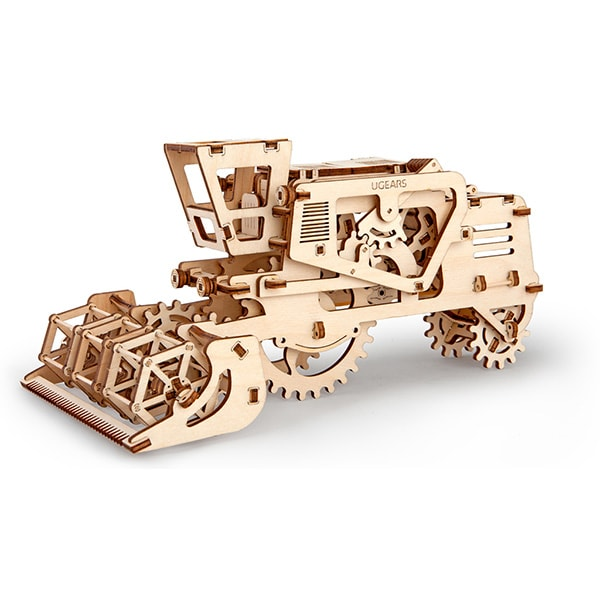 product thumbnail image for 3D Self Propelled Model Combine